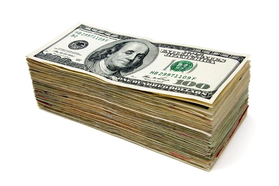 hundred-dollar-bill-stack